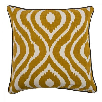 Picture of 18x18 Golden Bengal Pillow *P
