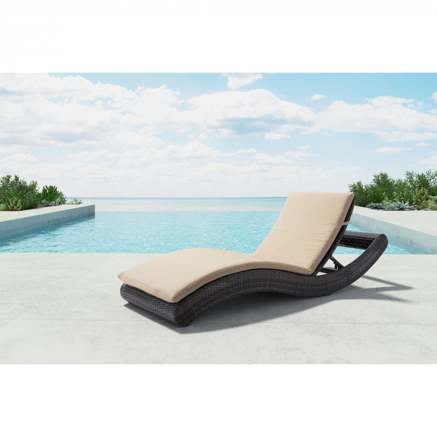 Pamelon beach chaise lounge brn beige 703840 zuo modern for Beach chaise lounger