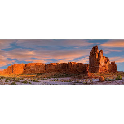 Arches Courthouse Wash 60x20