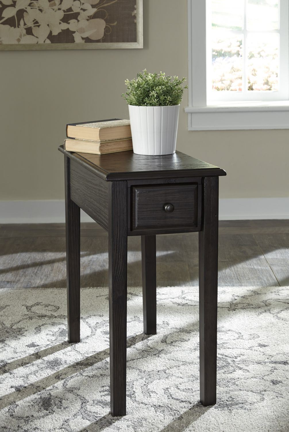 Solid Wood Chair Side End Table D T900 636 Ashley