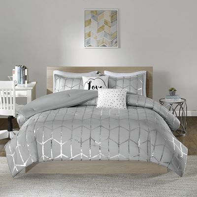 Picture of Raina Metallic Comforter Set