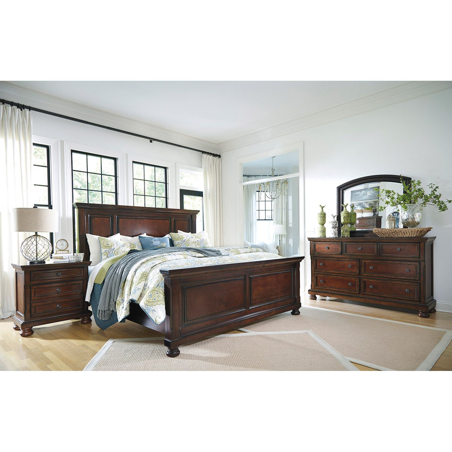 Picture of Porter Queen Panel Bed