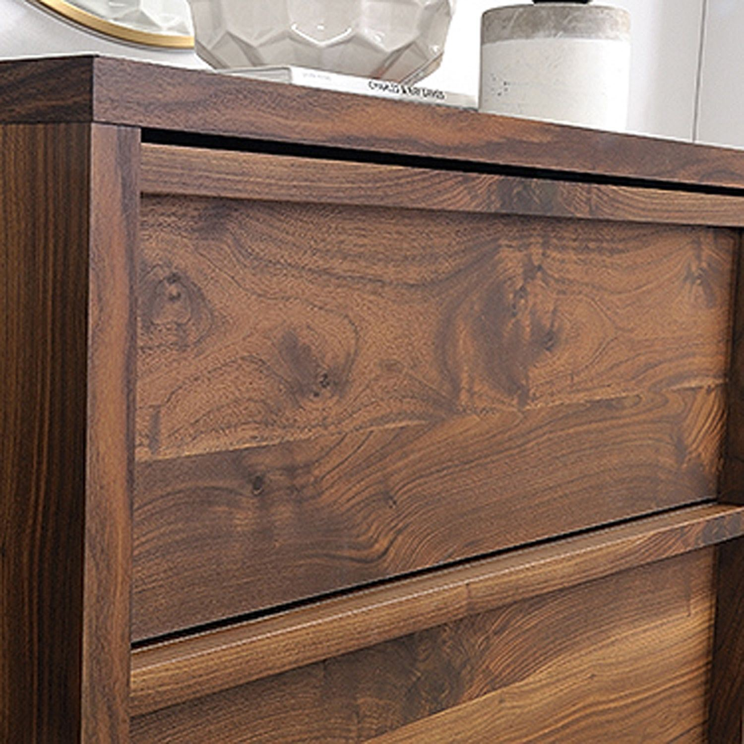 Picture of Harvey Park 4-Drawer ChestGrand Walnut * D