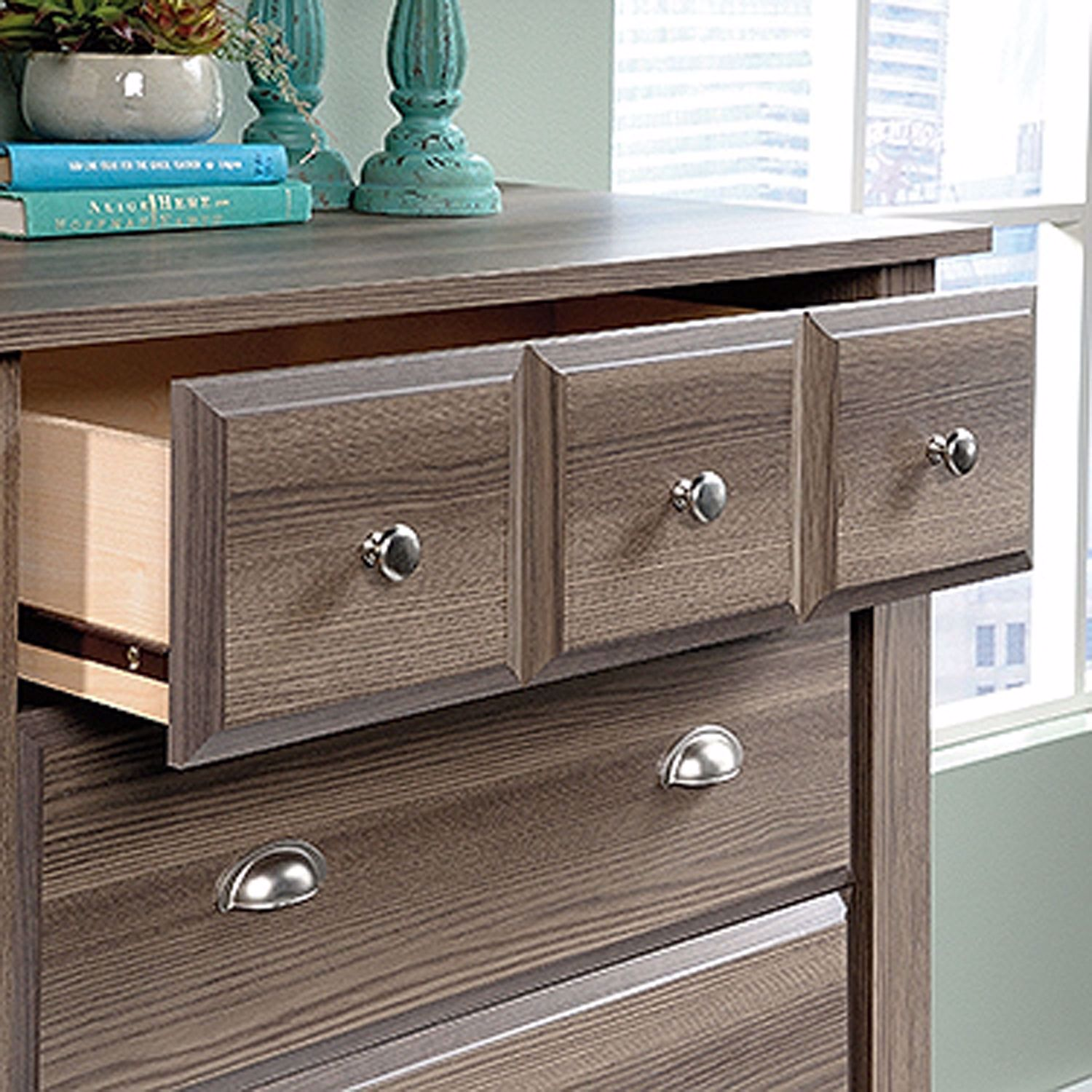 Picture of Shoal Creek 4-Drawer Chest Diamond Ash * D