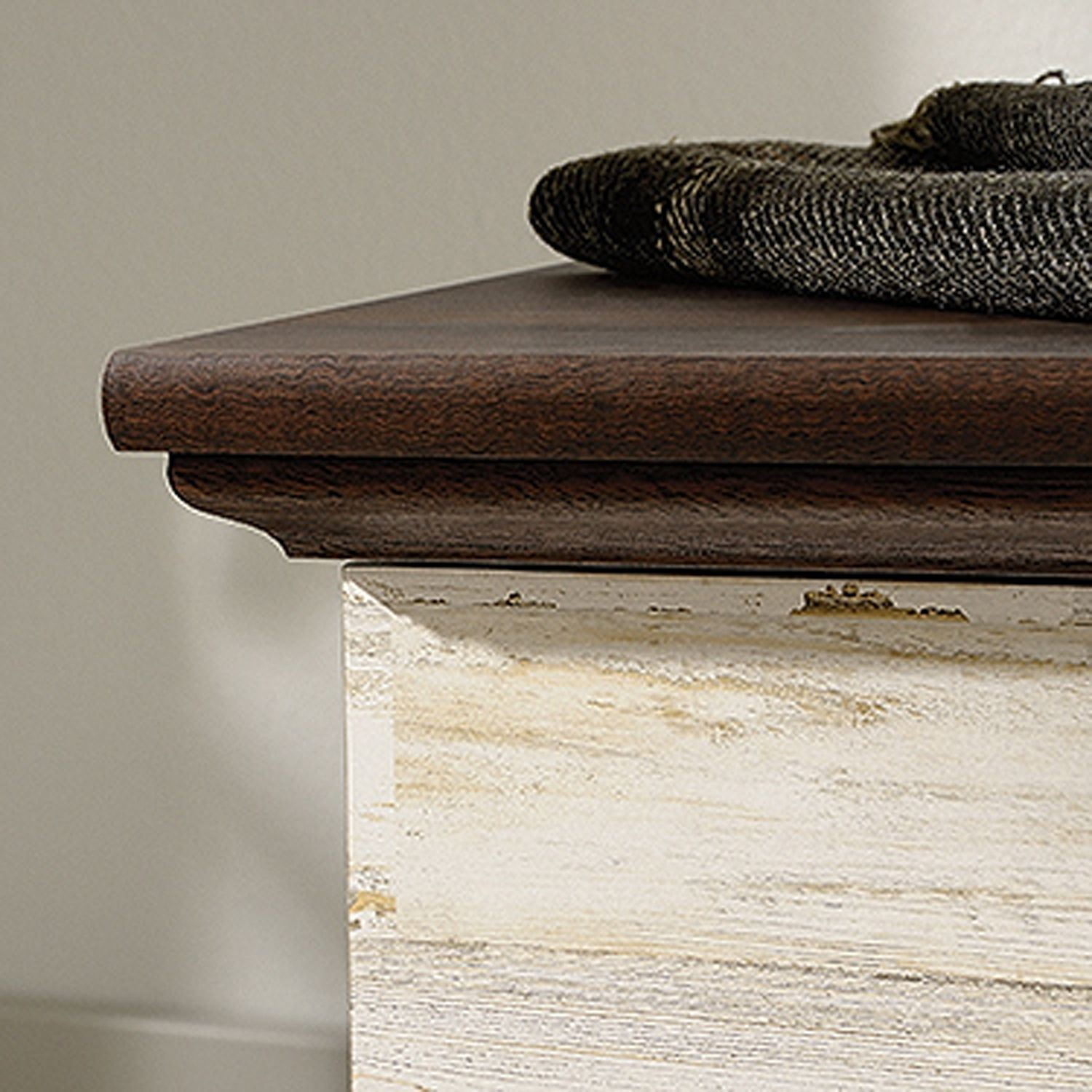 Picture of Eden Rue Rolling Chest White Plank * D