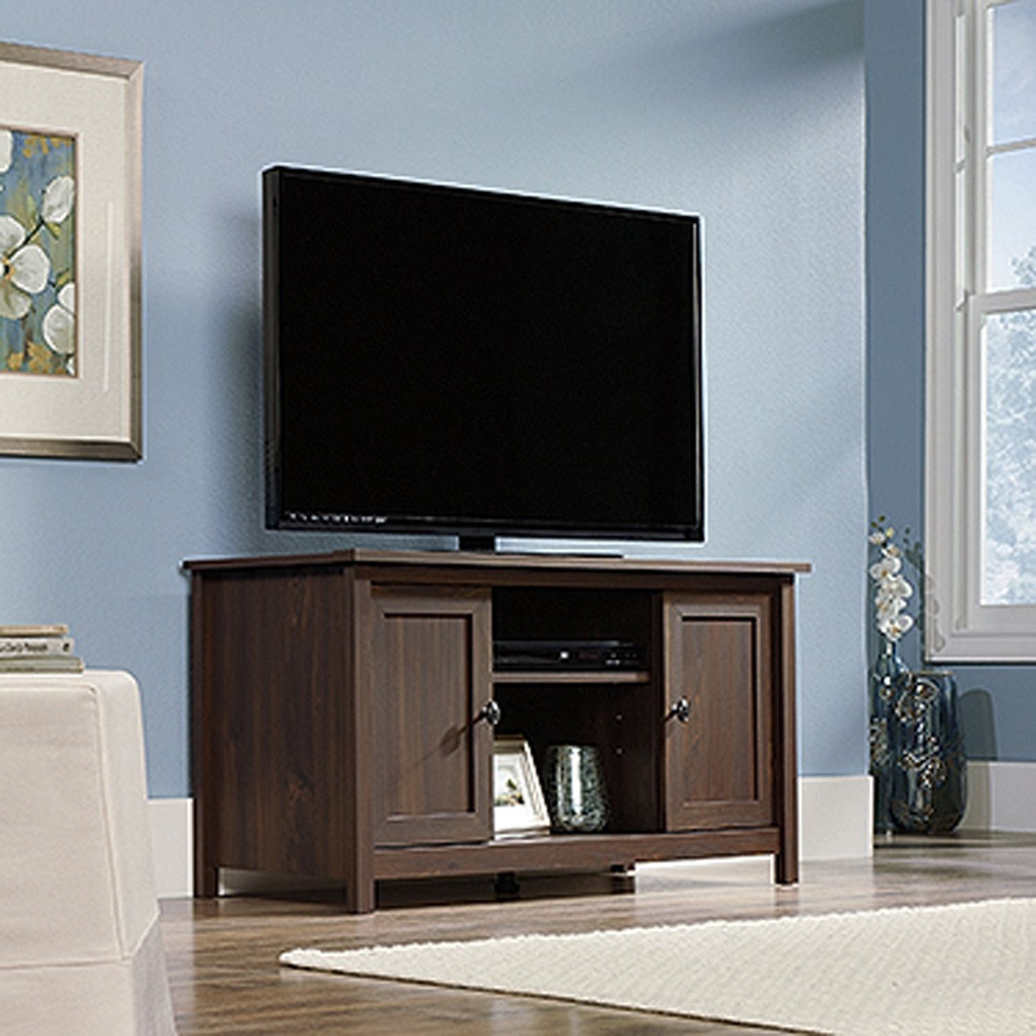 Picture of County Line Tv Stand Rum Walnut * D