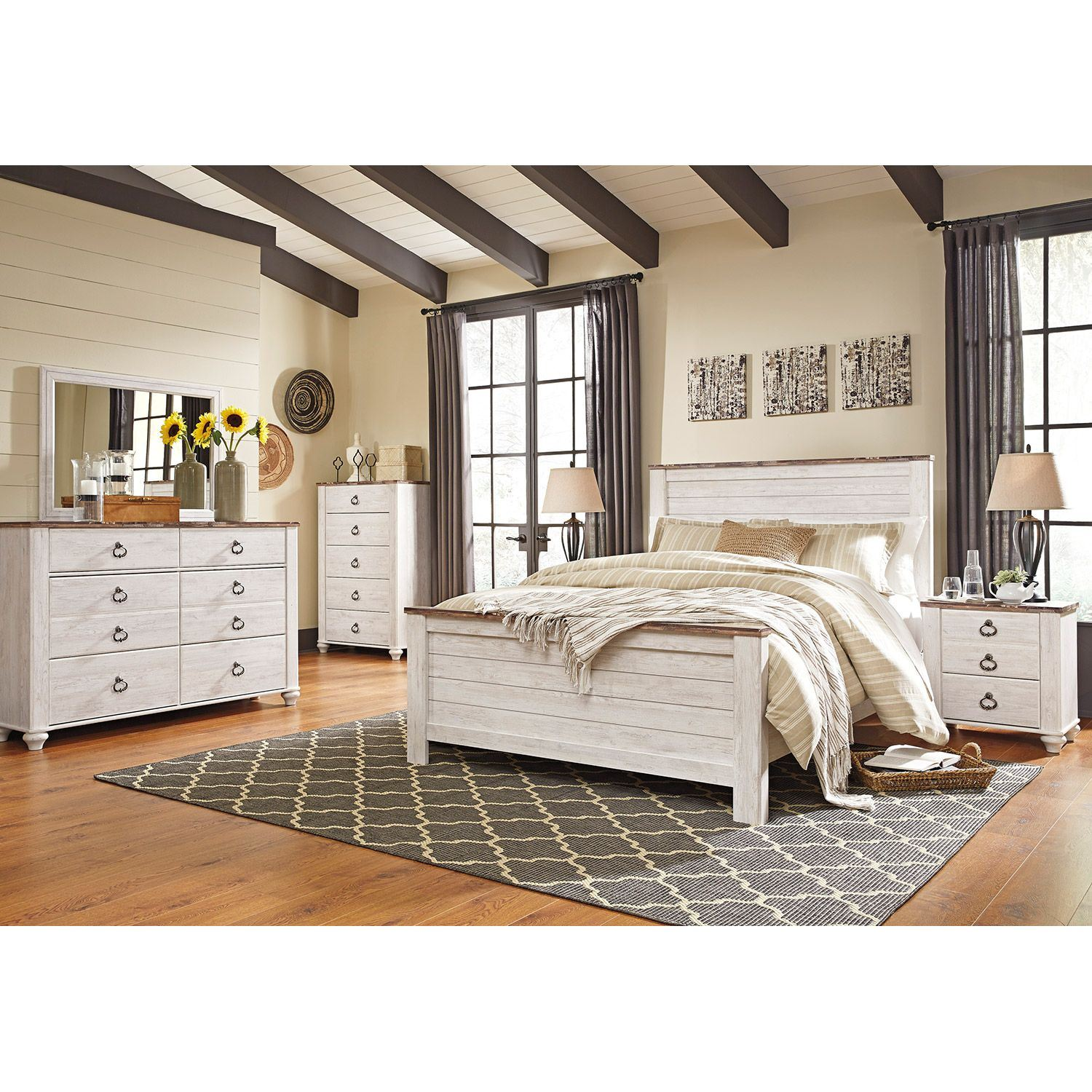 Picture of Willowton King Panel Bed
