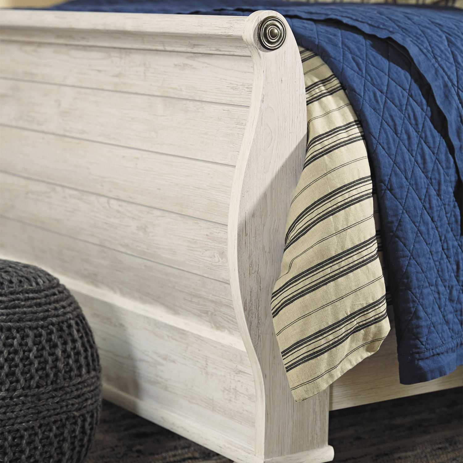 Picture of Willowton Queen Sleigh Bed