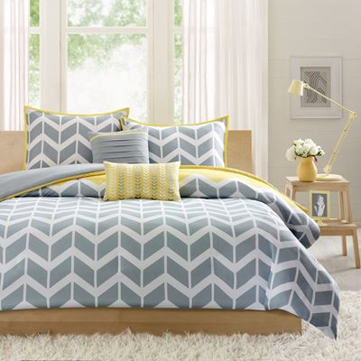 Picture of Queen Nadia Grey White Chevron Comforter Set
