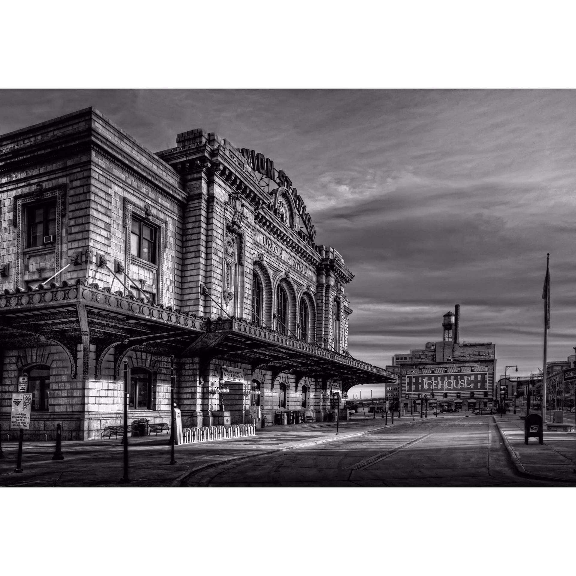 Union Station BW 36x24