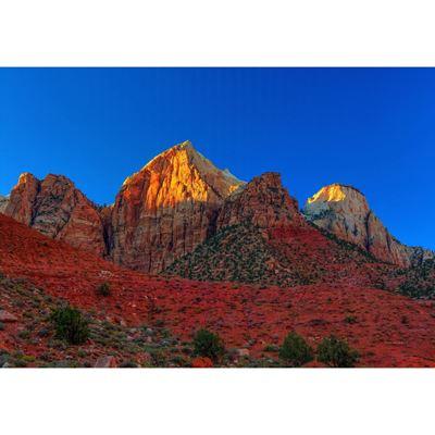 Peaks of Glory 36x24