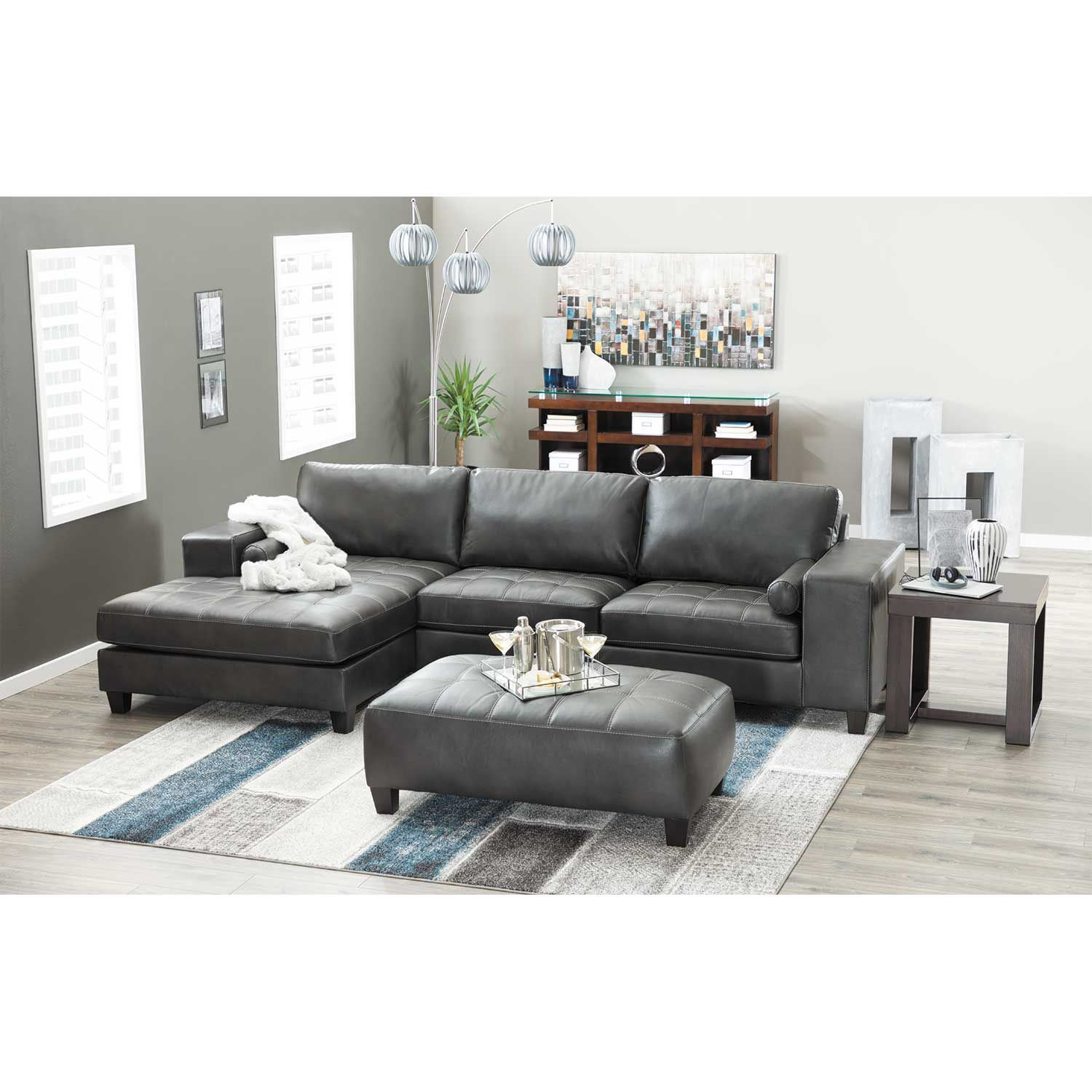 Nokomis 2 Piece Sectional With Raf Chaise 8770117