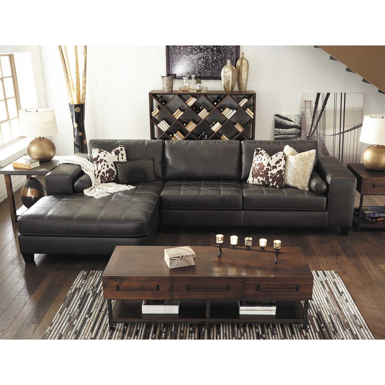 Nokomis 2 Piece Sectional With Chaise