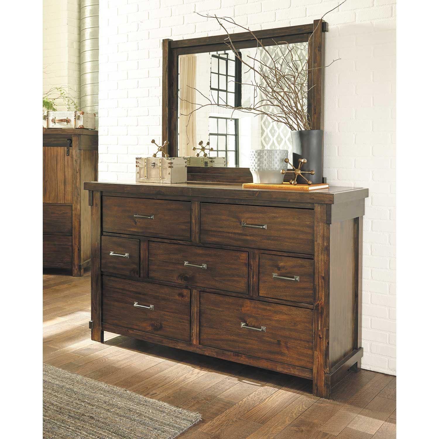 Picture of Lakeleigh Dresser