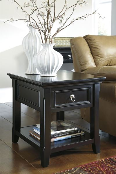 Picture of Greensburg Rectangular End Table * D