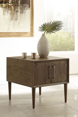 Picture of Kisper Square End Table * D