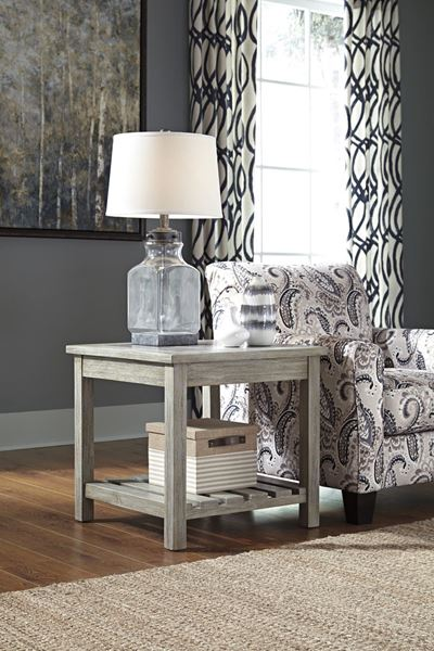 Picture of Veldar Square End Table * D