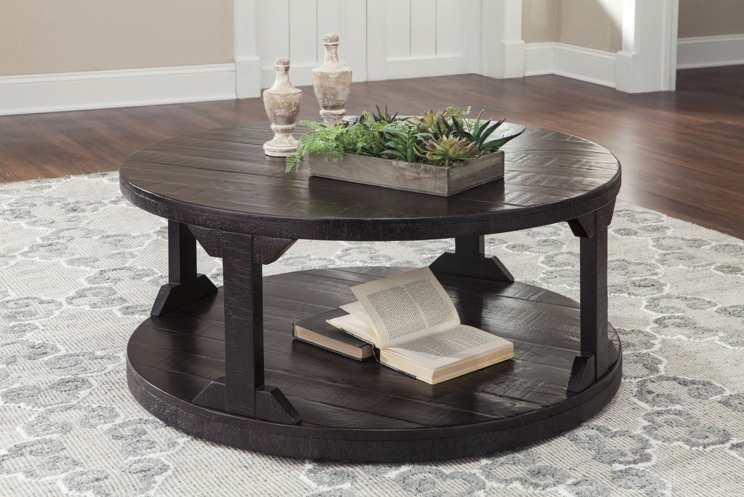 Picture of Rogness Round COFFEE Table * D