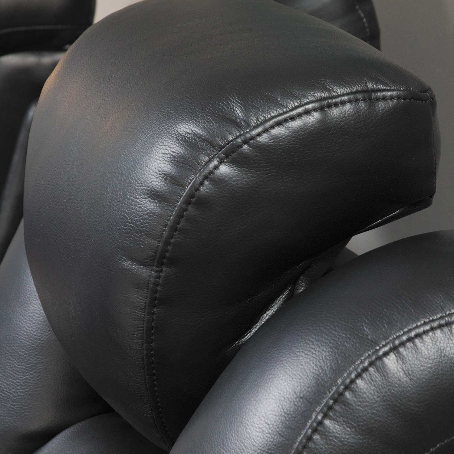 Awe Inspiring Ryker Power Reclining Console Loveseat Caraccident5 Cool Chair Designs And Ideas Caraccident5Info