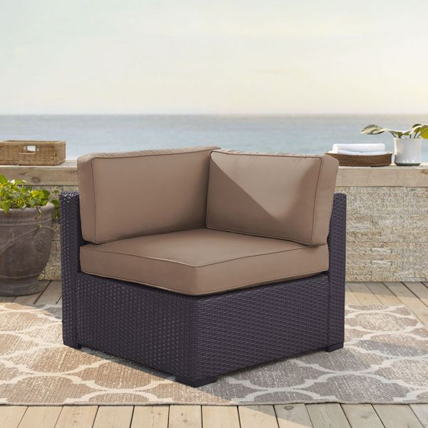 Picture of BISCAYNE CORNER CHAIR W/MOCHA CUSHIONS