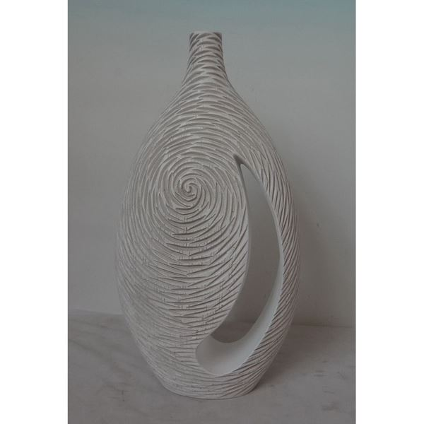 Picture of White Vase With Cutout