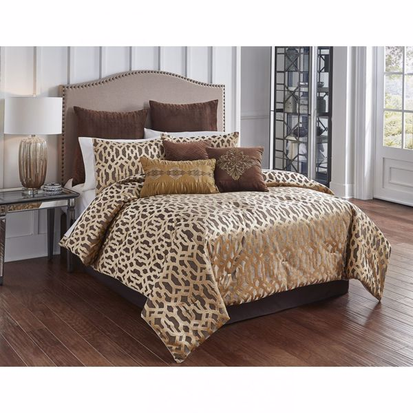 Picture of Claremont Bronze Queen Comforter Set