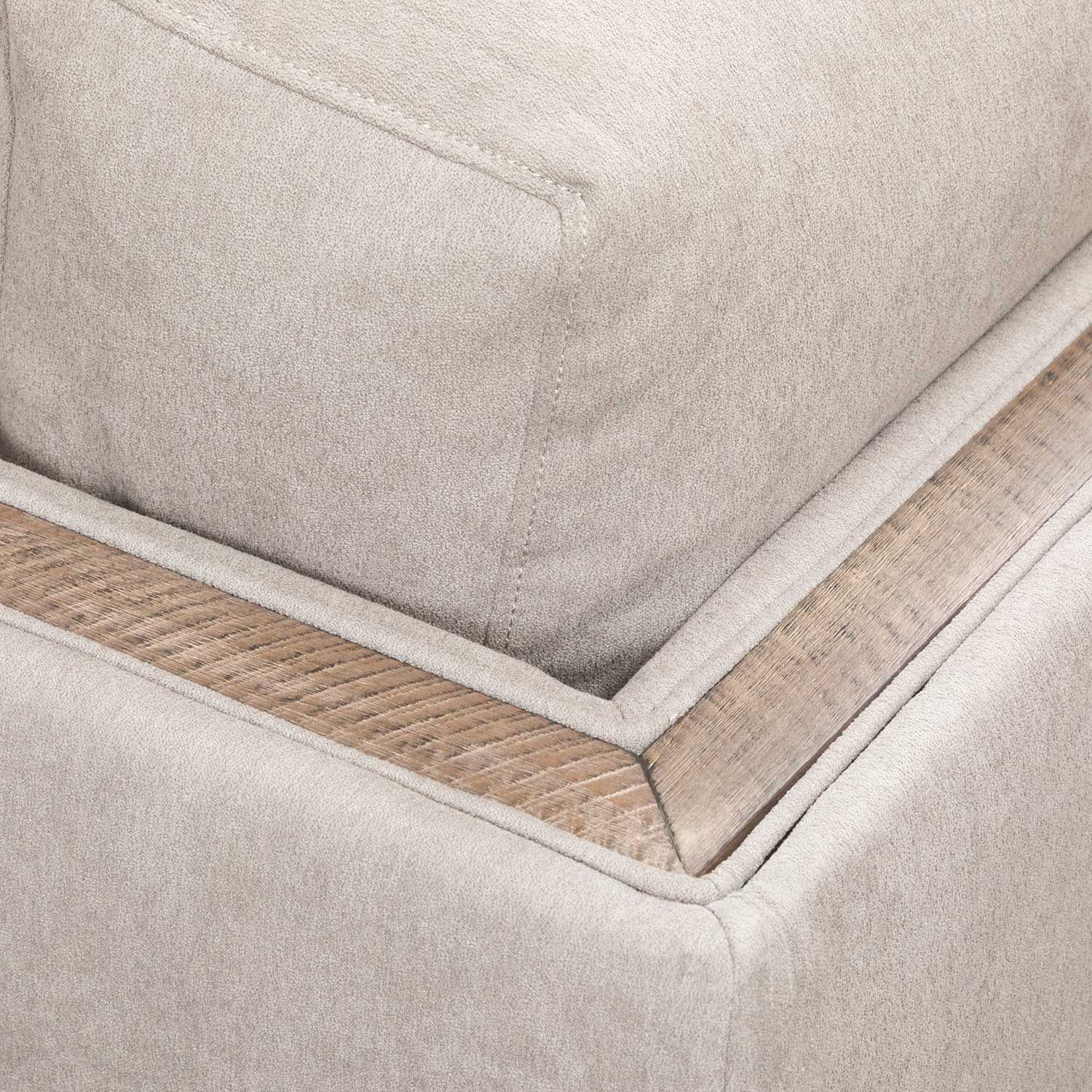 Picture of Macyn 4 Piece Sectional