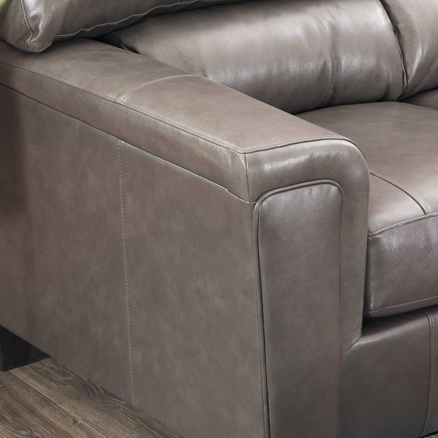 Picture of Graham Fog Leather Loveseat