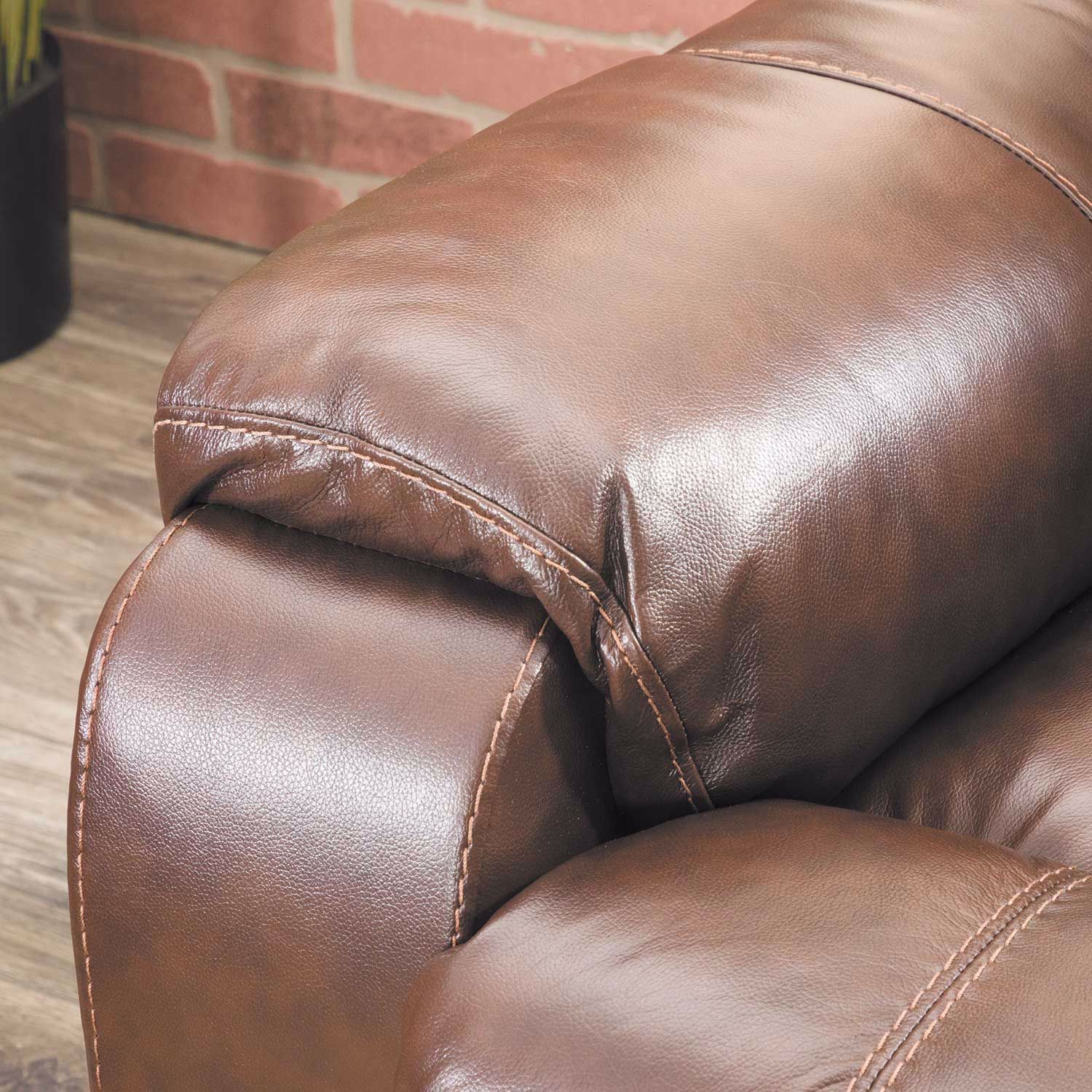 Picture of Rackingburg Mahogany Leather Recliner