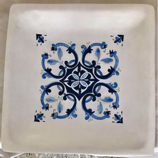 Picture of Square Plate With Blue Design