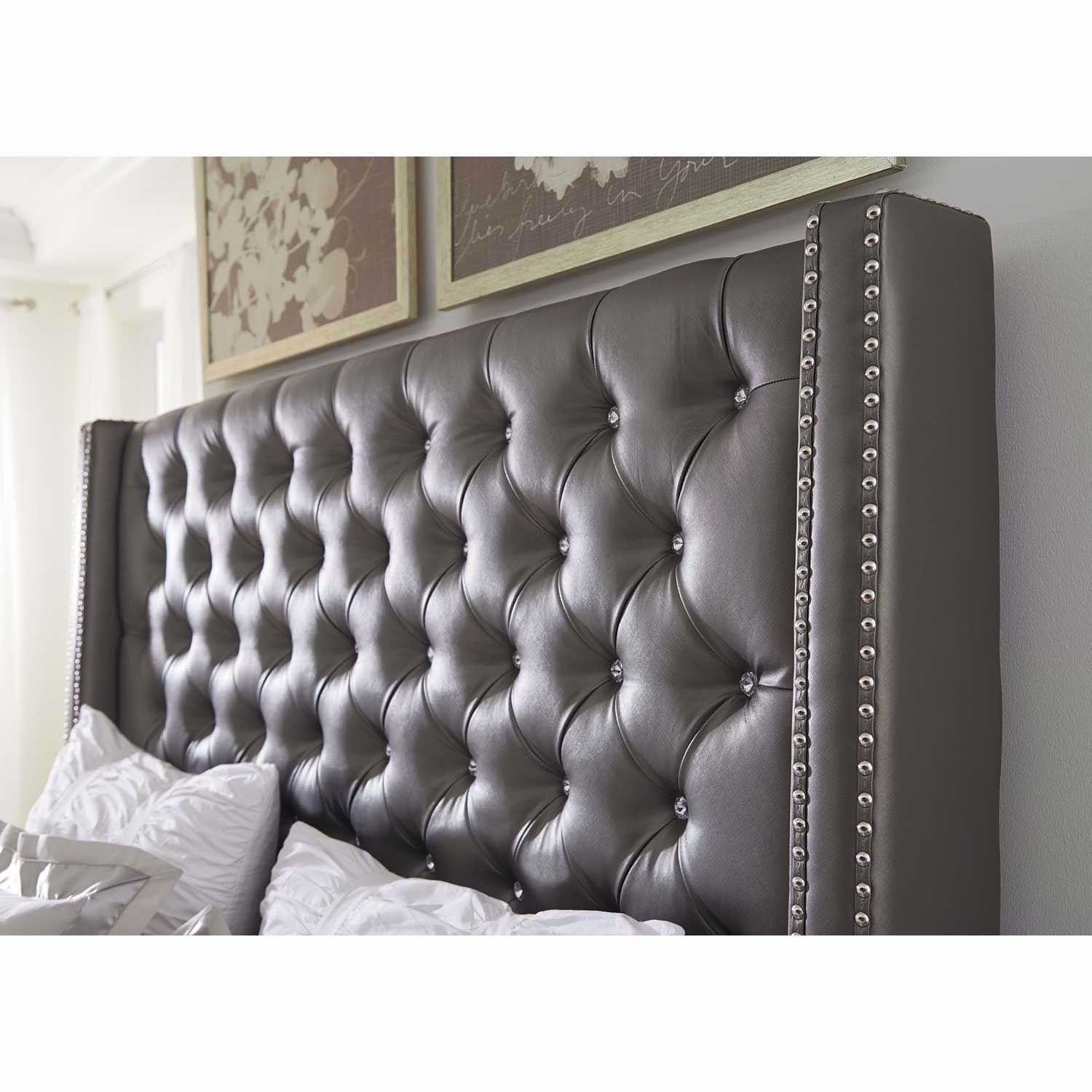 Picture of Coralayne Upholstered King Bed