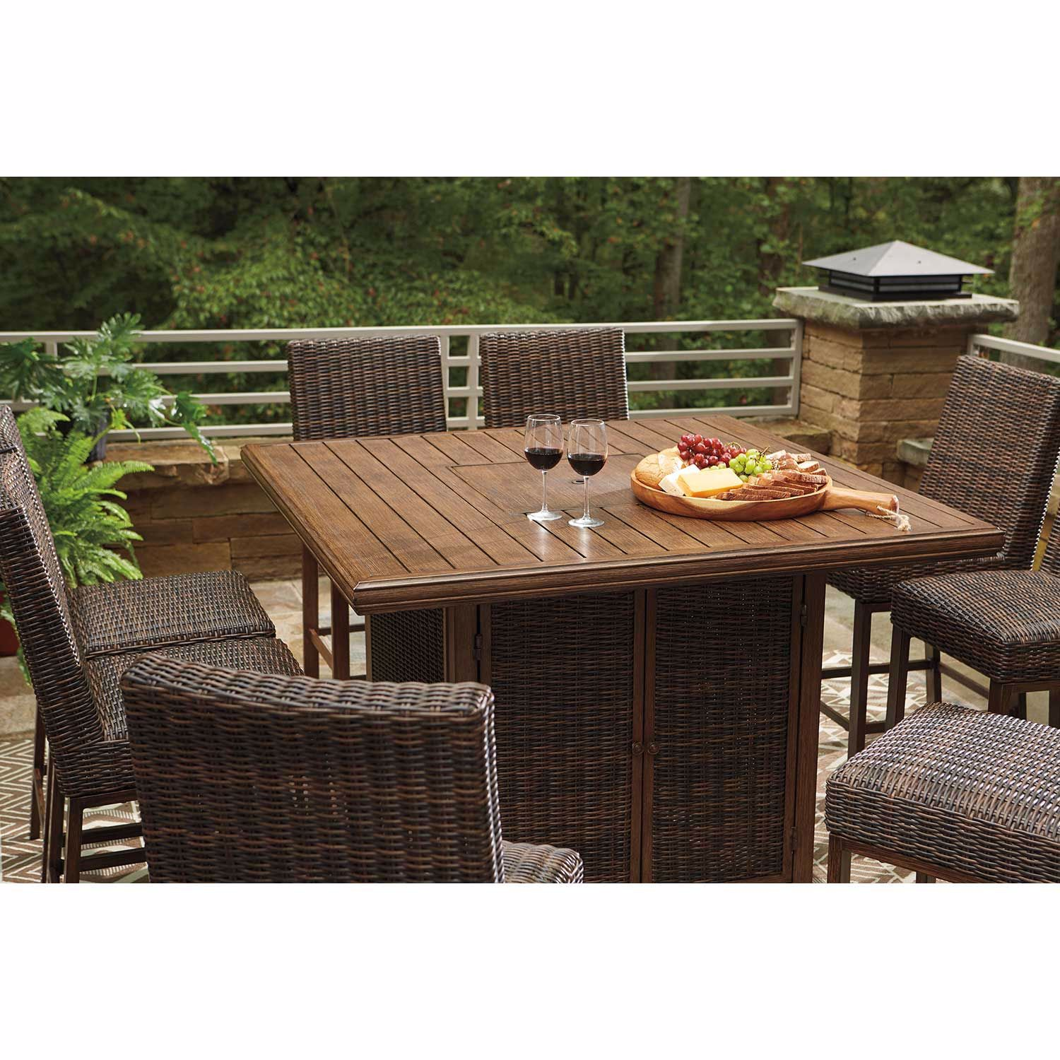 Picture of Paradise Trail 9 Piece Outdoor Patio Set