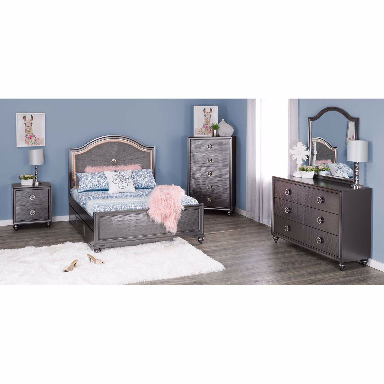 Picture of Wave 6 Drawer Dresser