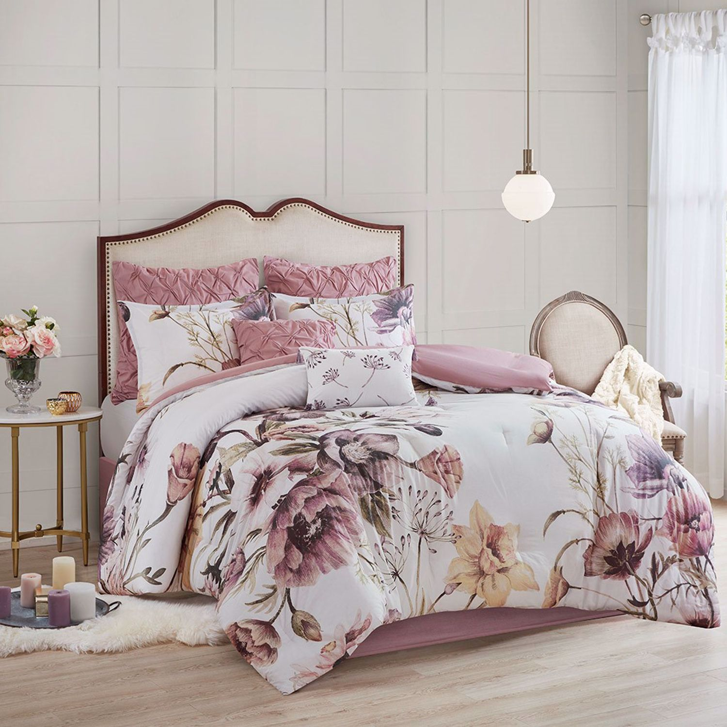 Picture of Cassandra 8 Piece King Comforter Set