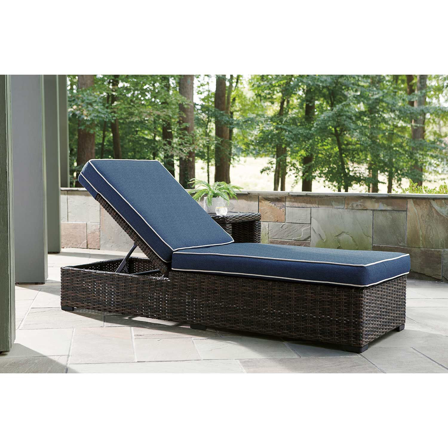 Picture of Grasson Lane Chaise Lounge