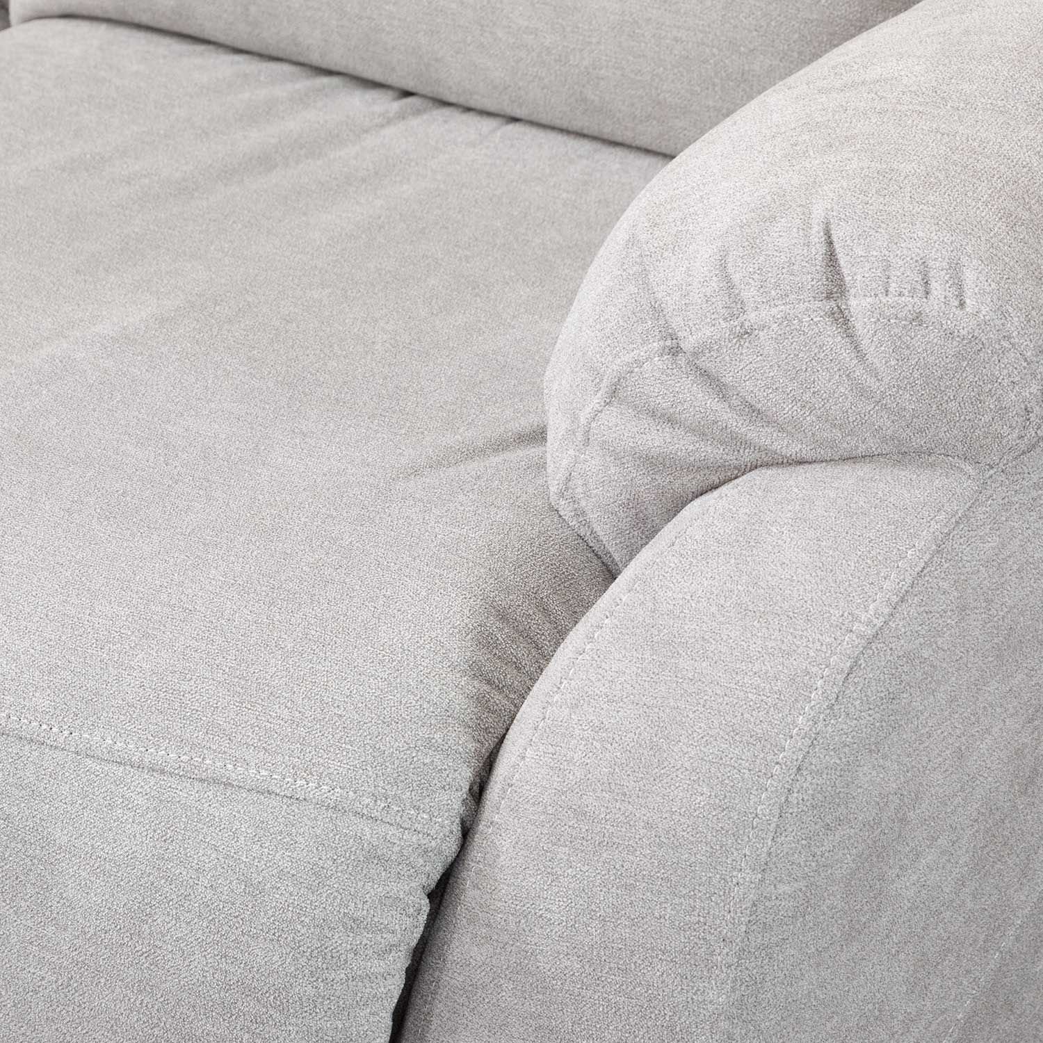 Picture of Piven Power Reclining Sofa with Adjustable Headrest