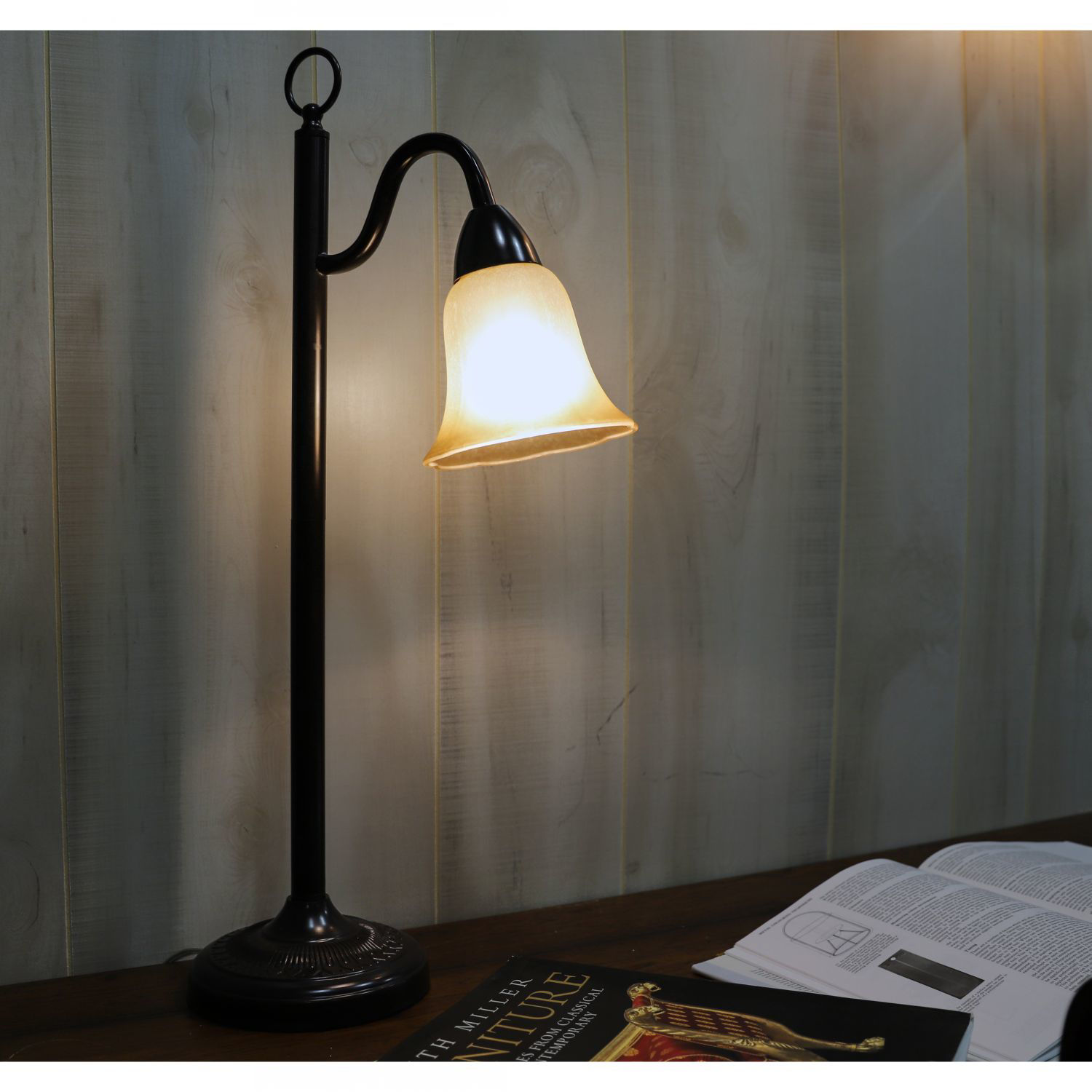 Picture of Hildene Amber Shade Lamp